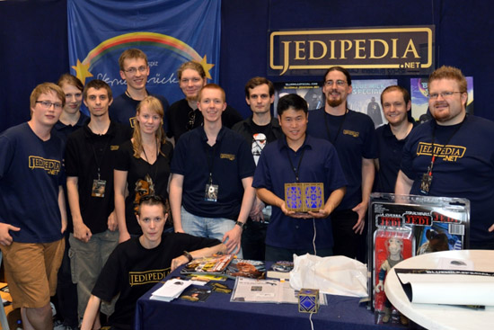 Jedipedia group photo with Leland Chee
